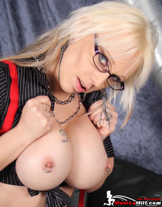 erotiske filmer bilder av nakene damer