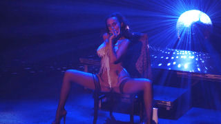 Miss Nuna on Sexhibition