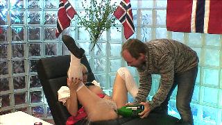 monica christiansen porno en sex dukke