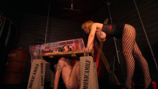Slave i hodelås